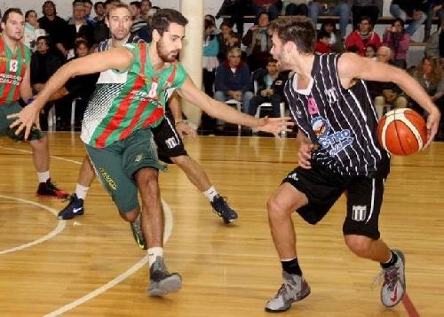 Basquet Tresarroyense - Deportivo Sarmiento con Byscaychipi y Palma quedaron con el uno para el Super 8.