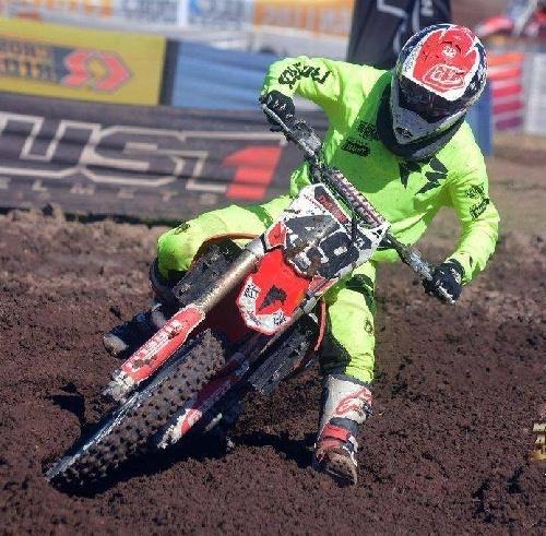 Motocross - Doble MX - Emiliano Zapata se quedó con las dos finales en Trenque Lauquen.
