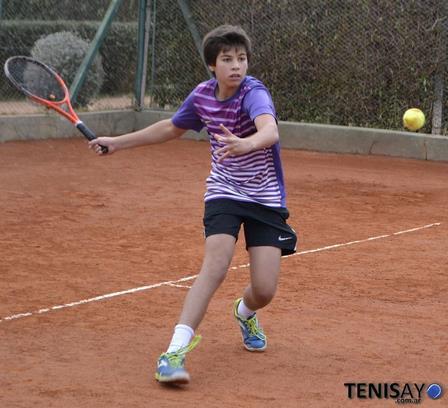 COSAT - Gianfranco Germinara juega semifinales en San Miguel.