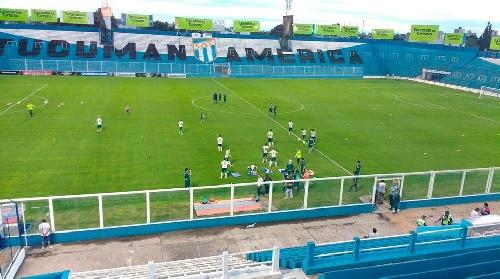 Copa Libertadores - Palmeiras de San Pablo hizo el reconocimiento del estadio de Atlético Tucumán.