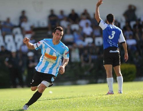 Nacional B - Con gol de Martín Prost, Juventud Unida empató en Paraná.