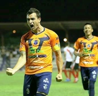 Futbol Boliviano - Martín Prost presente en la red convirtiendo para Sport Boys.