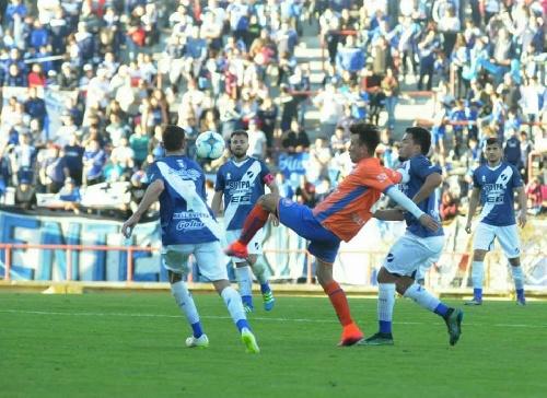 Federal A - Excelente debut de Alvarado con la presencia de Marcos Litre goleando a Deportivo Roca.