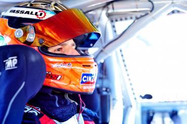 Turismo Carretera - Matías Rossi ganador de la clasificación del sábado en San Luis. Alaux con complicaciones culminó 33°
