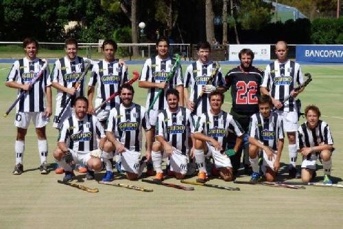 Hockey Masculino - Blanco y Negro derrotó al Cef 83 y es el campeón.