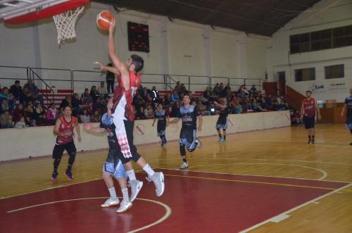 Basquet Valle Inferior - San Martín de Viedma venció a Sol de Mayo - Otra victoria para el equipo dirigido por Fiorido.