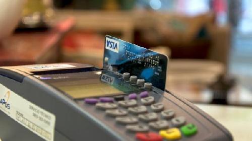 Habrá un bono especial para quienes compren con la nueva devolución de IVA