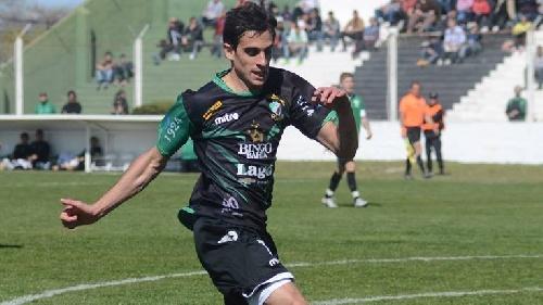 Nacional B - Marcos Litre con Almagro derrotó en amistoso a Laferrere.