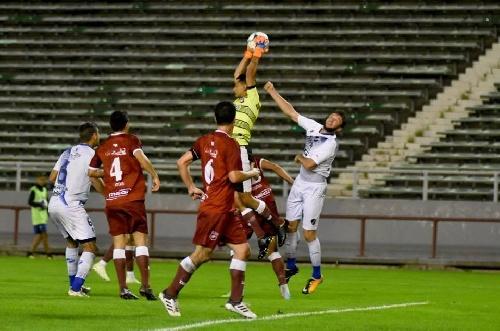 Federal A - Fin del sueño de ascenso para Alvarado al caer por penales ante Defensores de Villa Ramallo.