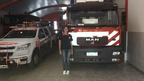 La bombero Belén Hernández de Darregueira reconocida por su compromiso