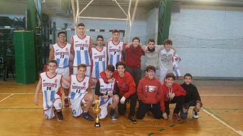 Pigüé: Infantiles de Basquet de Club Independiente ganaron el Open Sport de Mar del Plata