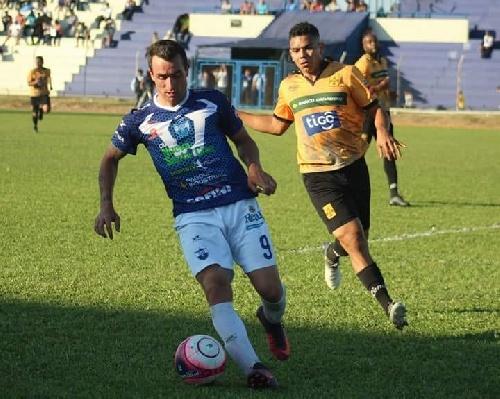 Futbol Boliviano - Martín Prost presente en la victoria de Sport Boys ante Destroyers.