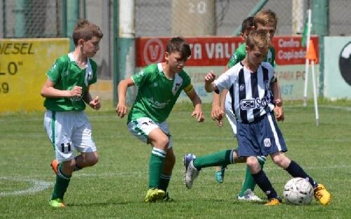 LRF - Inferiores - Club Sarmiento venció a Unión de Tornquist en 5ta, 7ma y 8va cayendo en 6ta división.