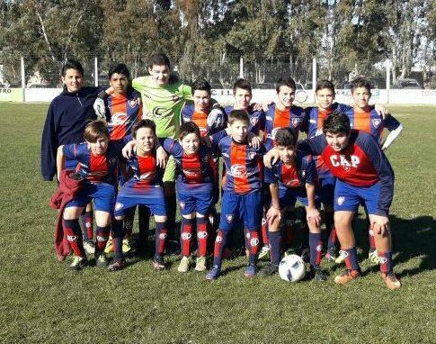 LRF - Inferiores - Victorias de Peñarol en 7ma y 8va ante Deportivo Sarmiento en el día de ayer.