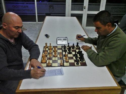 Inició el XIII Torneo Oficial del Club de Ajedrez Pigüé