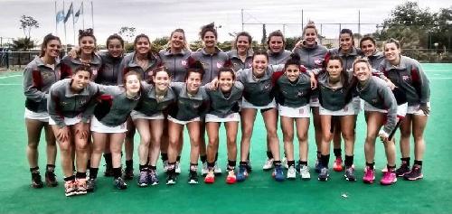 Hockey Femenino - Con dos goles de la pigüense Ivana Mazars golea Atlético MonteHermoso.