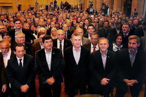El presidente Macri anunció un paquete de medidas de ayuda para las pymes