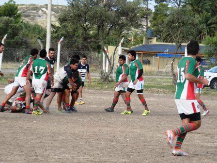 Rugby - Sarmiento Rugby enfrentó a Patagones en territorio maragato.