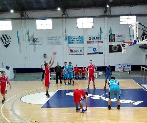 Basquet Sur Bonaerense - Basquet Pigüé derrotó como visitante a Basquet Bahía y está puntero del torneo.